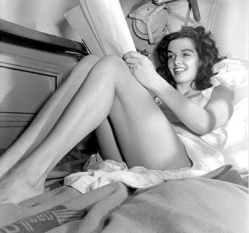 awesomepeoplereading:  Jane Russell reads.