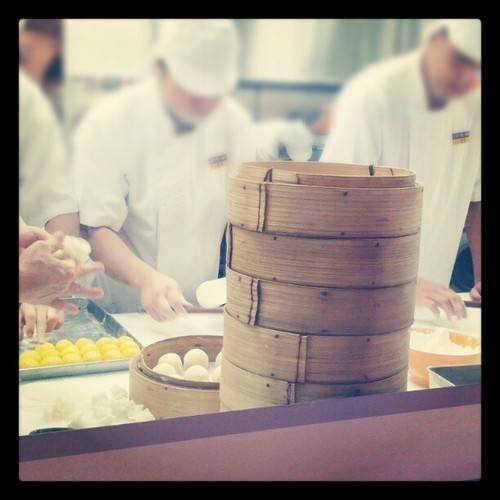 Making xiao long bao