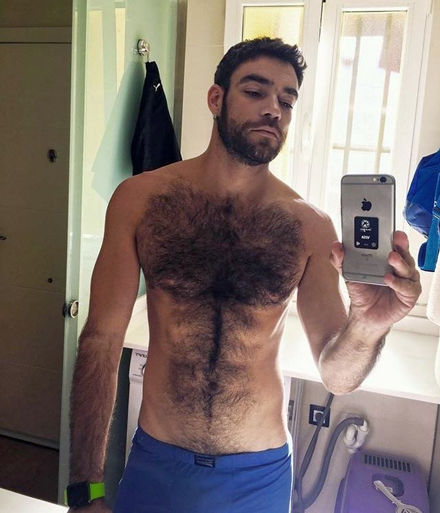 2019-01-02 07:28:42 - hairytreasurechests if you also like hairy and beardburnme http://www.neofic.com