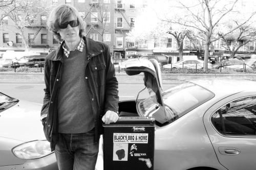 terrysdiary:  Thurston Moore on Houston street.