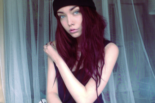 bbygypsy:  Webcam photo.