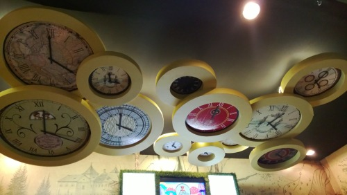 Madhatter tea clocks