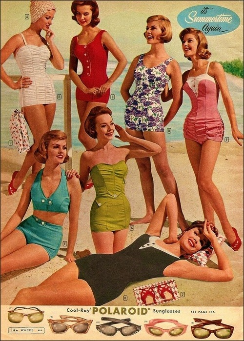 1950's beach fashion 🌸