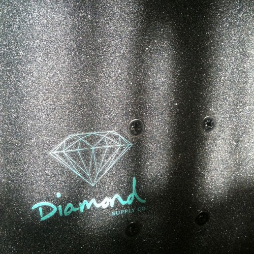 optimuswhit:  @yungdylo and I. We about that #diamondlife #dmnd #diamond #diamondsupply #diamondgriptape #grip #skate #skateboard #nofilter #hashtag #ilovehashtags