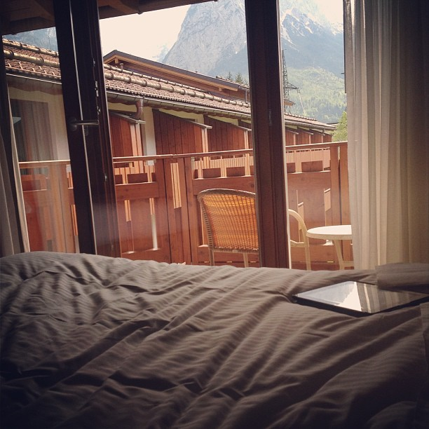 Mountains + scenery + comfy bed + (free) food = vacation (at Edelweiss Lodge and Resort)