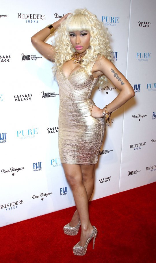Celebrity Style! Nicki Minaj on NYE | Las Vegas