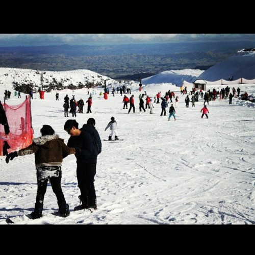 Skiing in Mt Ruapehu — The first time I lived by the words of 20 seconds of courage! #alive 🏂💙🙏
