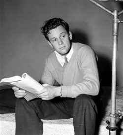 "lars134:  William Holden on the set of ""Golden Boy"", 1939"