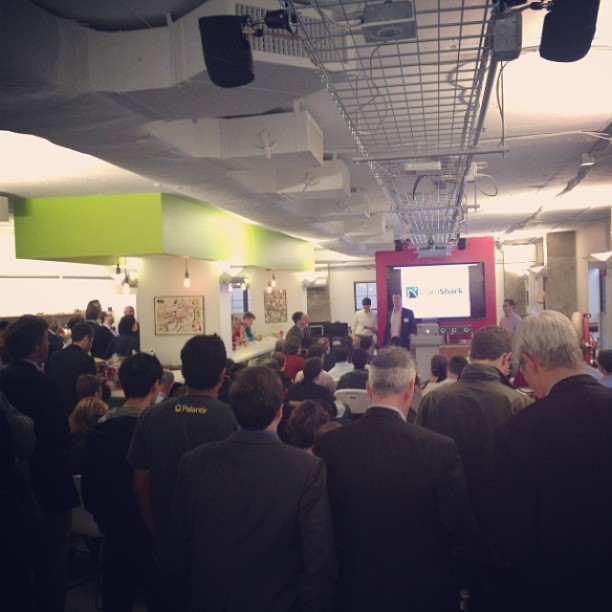 Packed house for the acceleprise demo day #dctech (at iStrategyLabs)