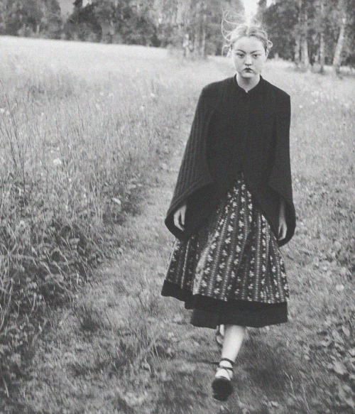 deprincessed:  Devon Aoki in 'The Wood Tale' shot by Juergen Teller for Vogue Russia October 1998