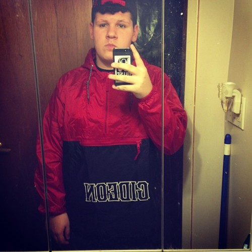 my-frozen-bones:  My new windbreaker is fresh as fuck tho #gideon #windbreaker #yerrrrrr  NICE!