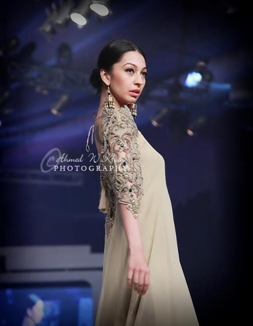 Bridal Couture Week 2013: Asifa & Nabeel Feast your eyes upon Asifa and Nabeel's collection. The sleeves on this simple dress are gorgeous!   View Post
