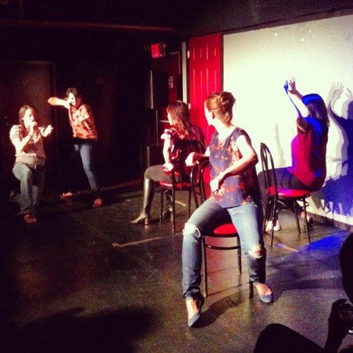 danhodapp:  Taylor, Leslie, Jodi, Julie and Liz at The Scene!