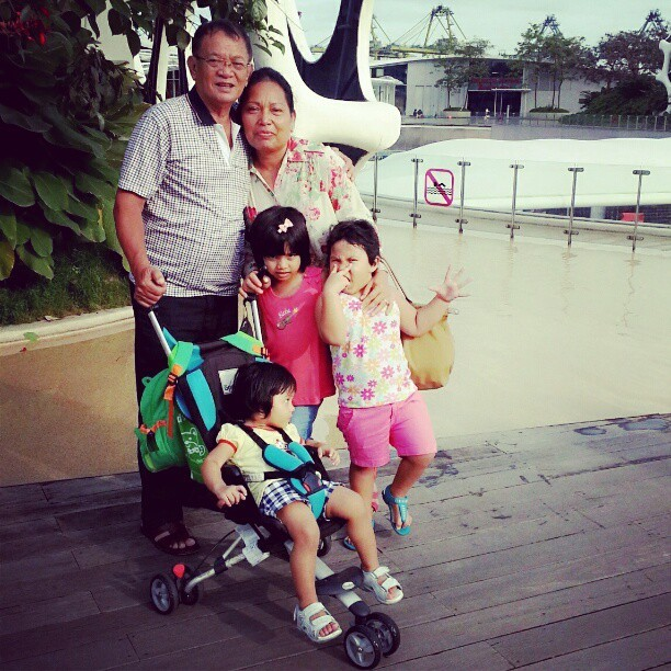 rindu mereka #parents#nephew#missig