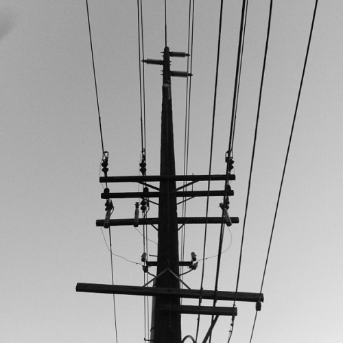 Electricity #shadow #abstract #monochrome #phonartsaudi #photo #tumblr #tustin  (at Red Hill Bridge)
