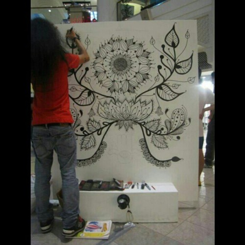Panganay. Live art hits sa rockwell powerplantmall last year. :) #redslim08 http://redslim08.wordpress.com