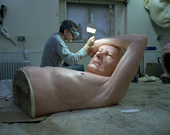nikolawashere:  cigarettefish:  myampgoesto11:  Ron Mueck: Couple Under an Umbrella (2013)  Incredible!  I can't get over Ron's work!
