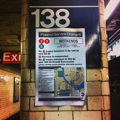 #mta #subway scheduling issues!! #Rawporter @Rawporter #CitizenJournalism make #money $$ with your #iPhone #iPad #iOs devices! #Sell your #images and #videos! Join the #aggregate #job #market! Build your #resume overnight!  (at MTA Subway - Parkchester (6))