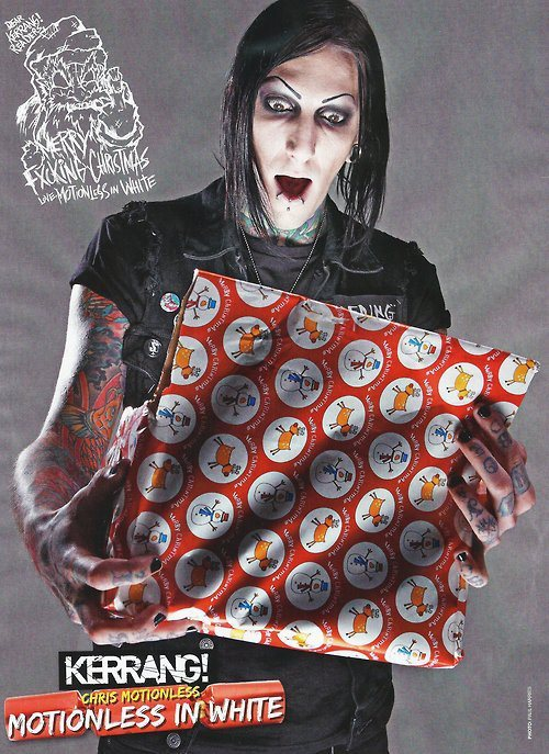 lisa-j-poole13:  Merry ChrisMotionless
