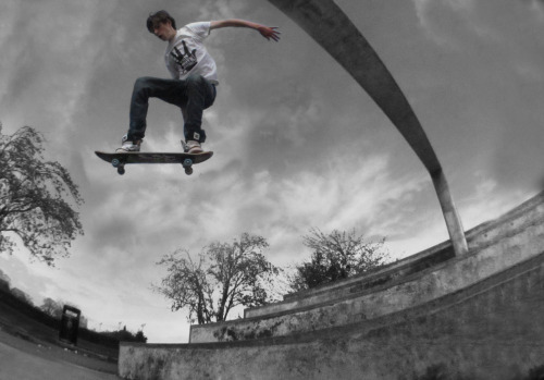 George Percy at Stroud Skatepark. Photo by Dan Lodge