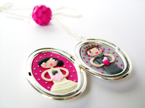 Sisters locket by Les Folles Marquises on Flickr.cute!