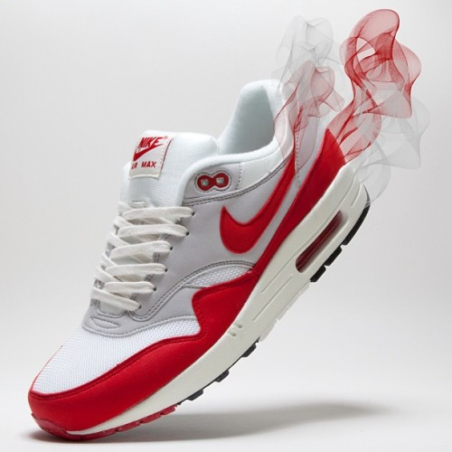 Our personal favourite from the OG releases! #nike #am1 #og