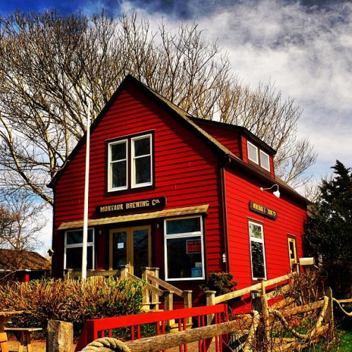 This is a commercial building. #montauk #house #smalltown #red #travel #theplaza