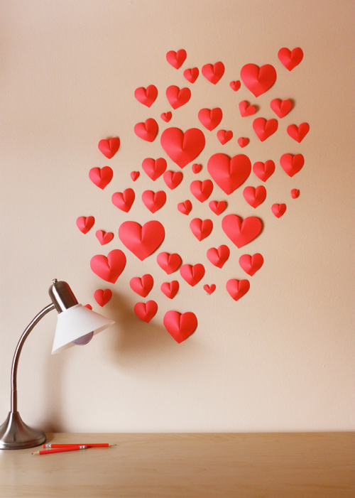 prettylittlepieces:  Wall of Paper Hearts