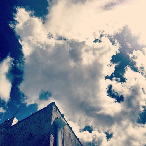 The #clouds tell me that #summer is coming! (at 666studios)