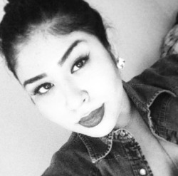 they say i look like Selena quintanilla ^_^