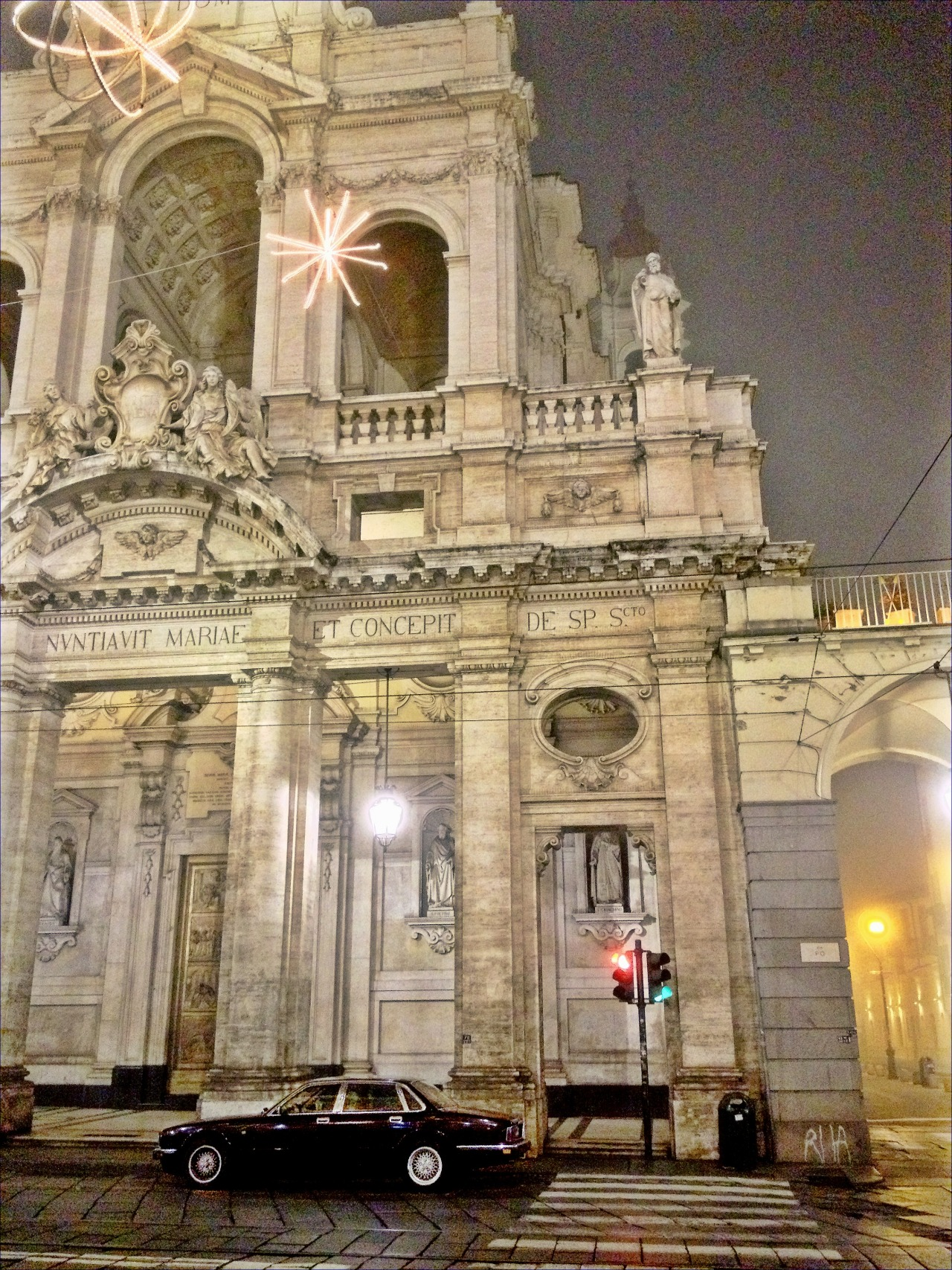 nononocameras:  Torino.    Where I'm living right now!