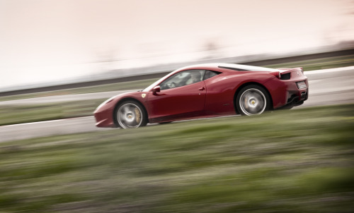 crash—test:  Ferrari 458 Italia (by Paki80)