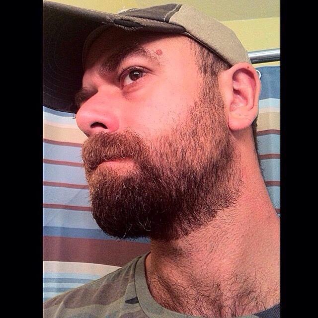 2018-06-04 05:22:32 - scruffybeard beardburnme http://www.neofic.com