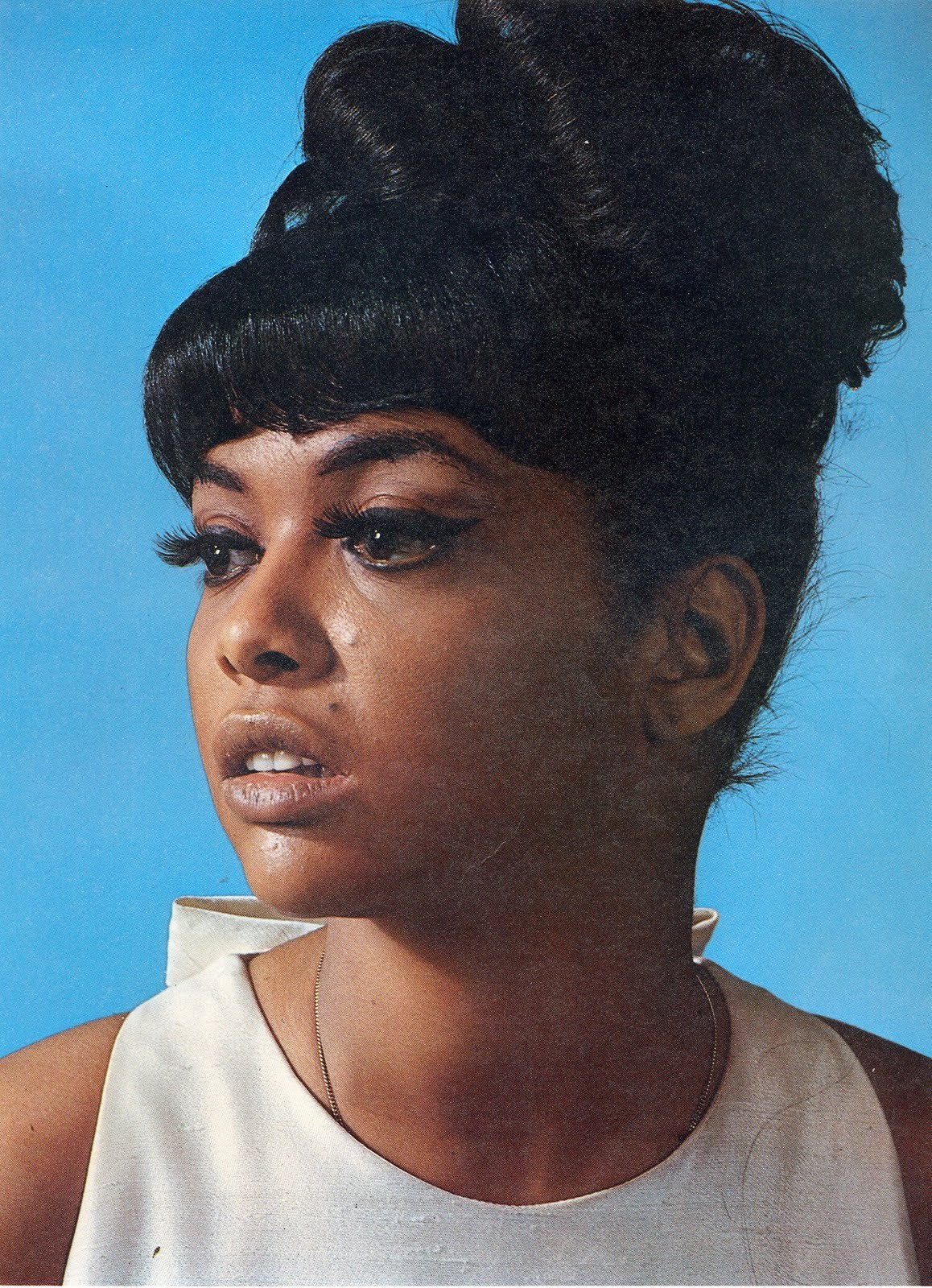 Beautiful Tammi Terrell. *not my photo*