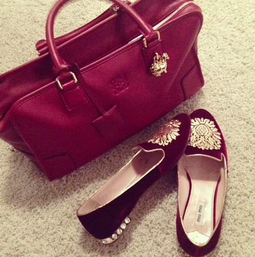 chanel-and-louboutins:  shez-a-bitch:  http://shez-a-bitch.tumblr.com  Chanel-and-Louboutins.tumblr.com