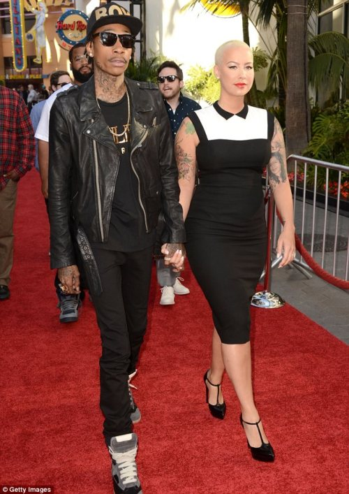 elizabethswardrobe:  Wiz Khalifa and Amber Rose at the premiere of Fast & Furious 6 in LA.