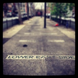 walk down Allen St. this morning. #lowereastside pride  (at Allen Street)