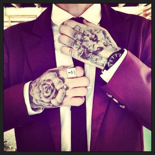 #suit #tie #tattoos #fashion #style #menswear