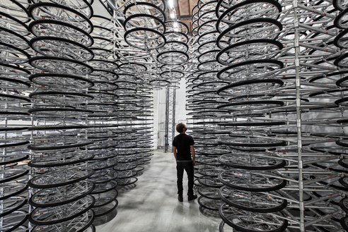 (via Chinese Artist Ai Weiwei Uses 760 Bicycles for his Latest Show )