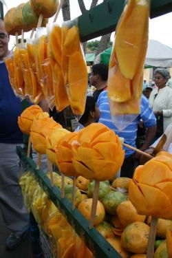 photography traveling travels antigua mangoes Guatemala