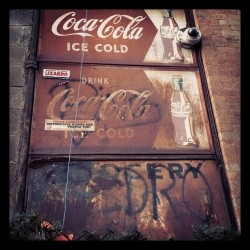 Old #Coke #advertisement. #graffiti #decay