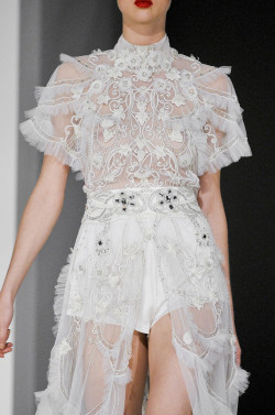 haute-couturier:  girlannachronism:  Temperley London spring 2012 rtw details  .