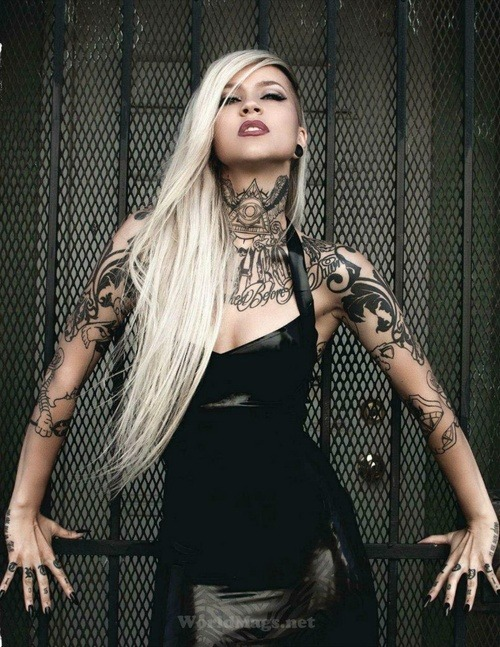 womenwithtatoos:   http://goo.gl/CxUgs http://goo.gl/WGnBj #tattoos #sexytattoofriday #inked #tattooedgirls