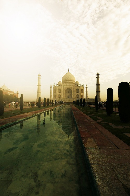 thoughtsrunfree:  Taj Mahal, India (Agra)