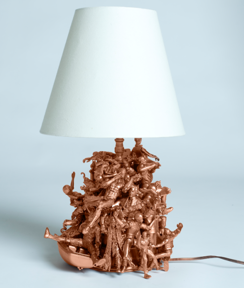 (via Unique and Beautiful DIY Lighting for Your Home)