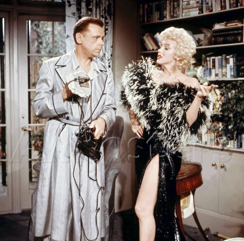 ourmarilynmonroe:  Tom Ewell and Marilyn Monroe in a deleted scene of The Seven Year Itch, released 1955