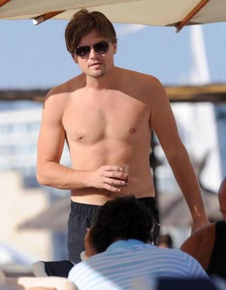 creambaguette:  leonardodicaprioa:  Leonardo DiCaprio On Vacation In Ibiza  Ishould go more often to Ibiza and Formentera.   Mmmm Leo .. tanning at one hour from here ?  O____________________O