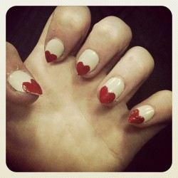 Pointy love heart nails