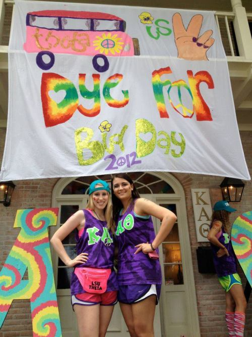 "sororitysugar:  banner bliss ~ ""theta is 2 dye for"" ❀"