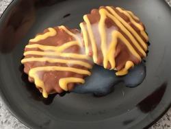 fuzzygumby:Honeycomb cum cookies, my own added cum recipe